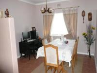 Dining Room - 14 square meters of property in Sinoville