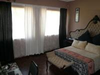 Bed Room 3 - 17 square meters of property in Sinoville