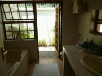 Main Bathroom - 8 square meters of property in Lynnwood