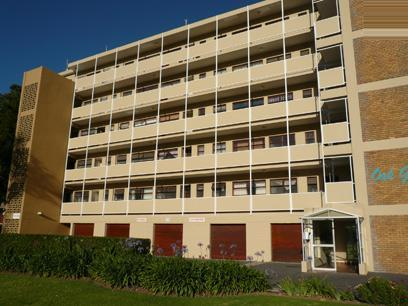 1 Bedroom Apartment For Sale in Rosebank - CPT - Private Sale - MR56292