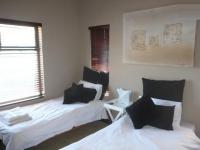 Bed Room 2 - 26 square meters of property in Bloubergstrand