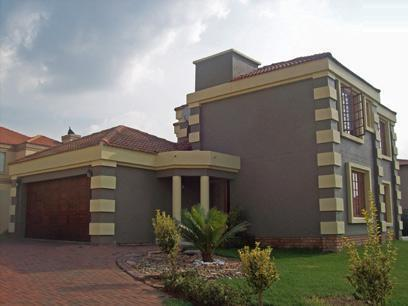 3 Bedroom House for Sale and to Rent For Sale in Glenmarais (Glen Marais) - Private Sale - MR56450