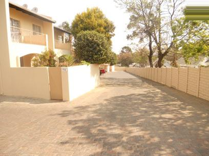 Standard Bank EasySell 2 Bedroom Simplex for Sale For Sale in Douglasdale - MR56517
