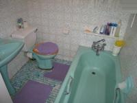 Bathroom 1 - 5 square meters of property in Villieria