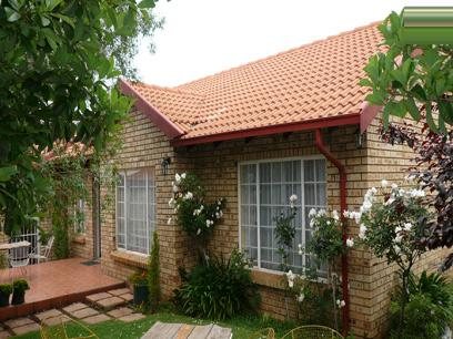 3 Bedroom Simplex for Sale For Sale in Highveld - Home Sell - MR57168