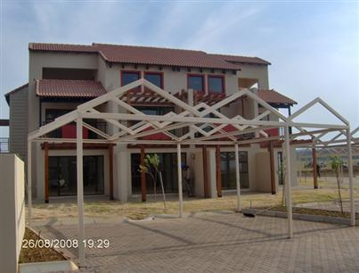 1 Bedroom Apartment to Rent To Rent in Silver Lakes Golf Estate - Private Rental - MR57282