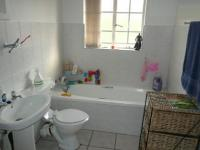 Bathroom 1 - 6 square meters of property in Highveld