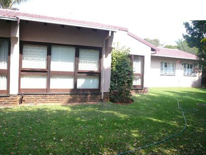4 Bedroom House for Sale For Sale in Rooihuiskraal - Home Sell - MR57337