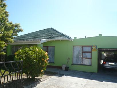 3 Bedroom House for Sale For Sale in Parow Central - Home Sell - MR57339