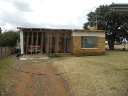 Standard Bank Repossessed 2 Bedroom House on online auction in Vereeniging - MR57452