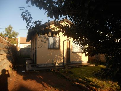 Standard Bank EasySell 2 Bedroom House for Sale For Sale in Protea Glen - MR57513