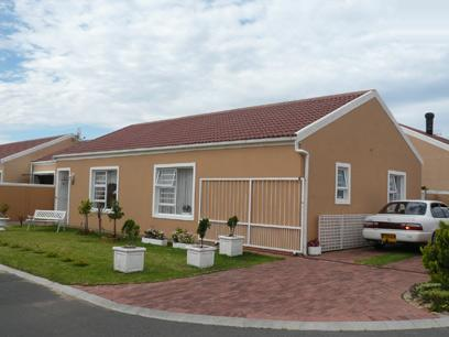 3 Bedroom Simplex for Sale For Sale in Gordons Bay - Private Sale - MR58292