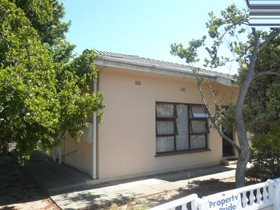 3 Bedroom House for Sale For Sale in Parow Central - Private Sale - MR58331