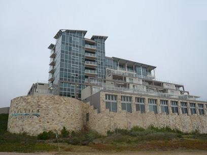 Standard Bank Repossessed 2 Bedroom Apartment for Sale on online auction in Mossel Bay - MR58457