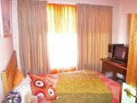 Bed Room 2 - 10 square meters of property in Krugersdorp