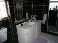 Main Bathroom - 6 square meters of property in Wynberg - CPT