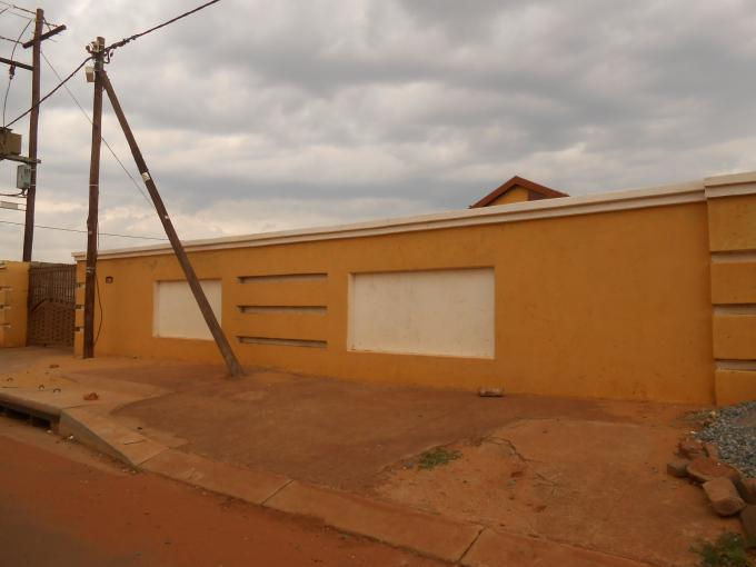 Standard Bank Repossessed 3 Bedroom House for Sale on online auction in Soweto - MR59502