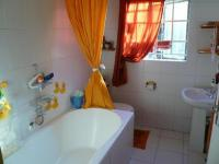 Main Bathroom - 6 square meters of property in Rietfontein