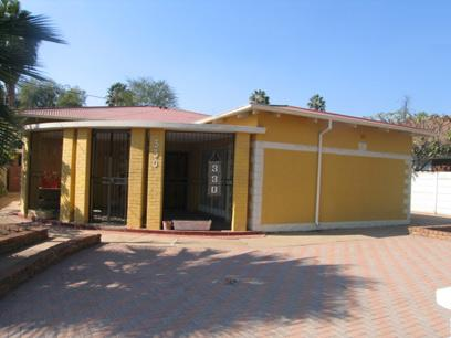 3 Bedroom House for Sale For Sale in Rietfontein - Private Sale - MR60114