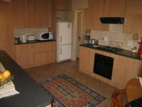 Kitchen - 18 square meters of property in Montana