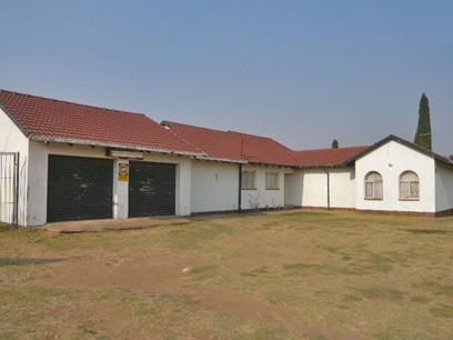 3 Bedroom House for Sale For Sale in Benoni - Home Sell - MR60279