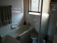 Main Bathroom - 5 square meters of property in Lyttelton Manor