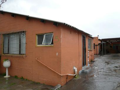 1 Bedroom House for Sale For Sale in Parow Central - Home Sell - MR60517