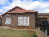 2 Bedroom 2 Bathroom Simplex for Sale for sale in Theresapark