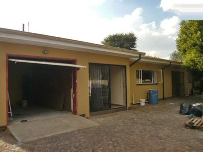 3 Bedroom House for Sale For Sale in Krugersdorp - Private Sale - MR61341