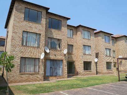 Standard Bank Repossessed 2 Bedroom House for Sale on online auction in Greenhills - MR61445