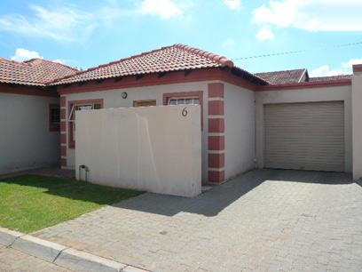 Standard Bank Repossessed 2 Bedroom House for Sale on online auction in The Orchards - MR61451
