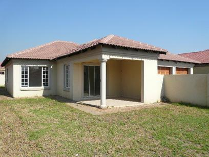 Standard bank repossessed house for sale on online auction Www beautiful houses pictures