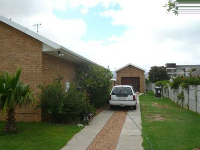 3 Bedroom House for Sale For Sale in Strand - Private Sale - MR62292