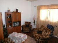 Lounges - 10 square meters of property in Maitland