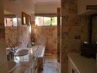 Main Bathroom - 2 square meters of property in Krugersdorp