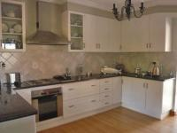 Kitchen - 7 square meters of property in Krugersdorp