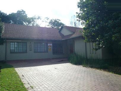Standard Bank Repossessed 2 Bedroom House on online auction in Kempton Park - MR62451