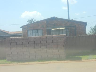 Standard Bank Repossessed 2 Bedroom House for Sale on online auction in Vosloorus - MR62458