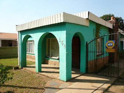 Standard Bank Repossessed 3 Bedroom House For Sale in Eersterust - MR62459