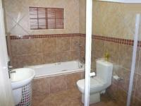 Bathroom 1 - 8 square meters of property in Theresapark