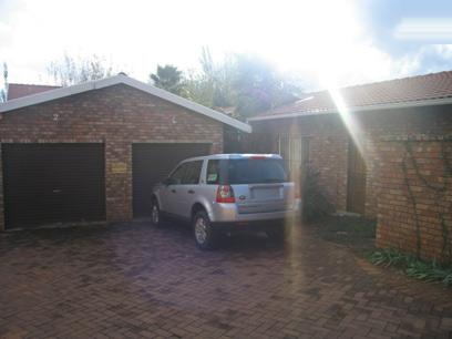 3 Bedroom Duet for Sale For Sale in Garsfontein - Home Sell - MR63126