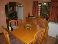 Dining Room - 16 square meters of property in Faerie Glen