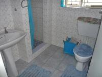 Bathroom 2 - 2 square meters of property in Westgate