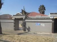 Front View of property in Rosettenville