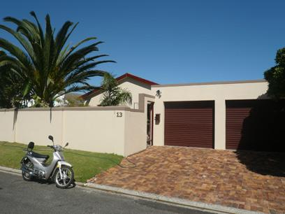 3 Bedroom House for Sale For Sale in Melkbosstrand - Home Sell - MR65346