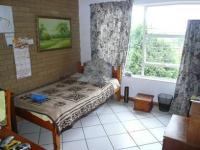 Bed Room 2 - 12 square meters of property in Magalieskruin