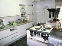 Kitchen - 20 square meters of property in Meredale