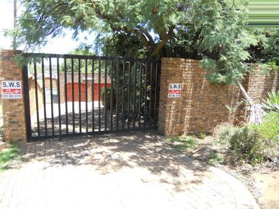 Standard Bank EasySell 3 Bedroom House for Sale For Sale in Castleview - MR65519