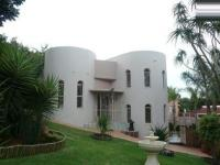 3 Bedroom 2 Bathroom House for Sale for sale in Waterkloof Glen