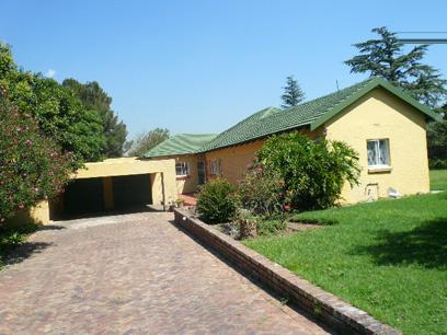 Standard Bank Repossessed 3 Bedroom House For Sale in Lombardy East - MR66460